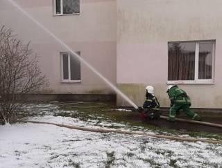 Появилось видео пожара в COVID-больнице на Прикарпатье