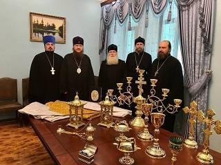 В Черкасской епархии УПЦ передали церковную утварь малоимущим приходам