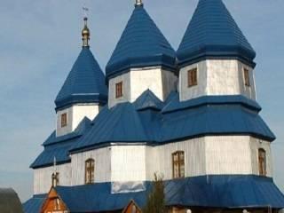 На Буковине построили новый храм УПЦ, вместо сгоревшего