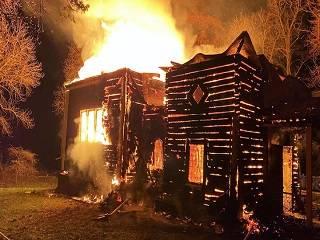 В Каменец-Подольской епархии считают, что храм УПЦ сгорел вследствие поджога