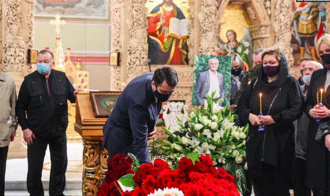 Похороны Владимира Яворивского в Свято-Михайловском Выдубицком монастыре в Киеве