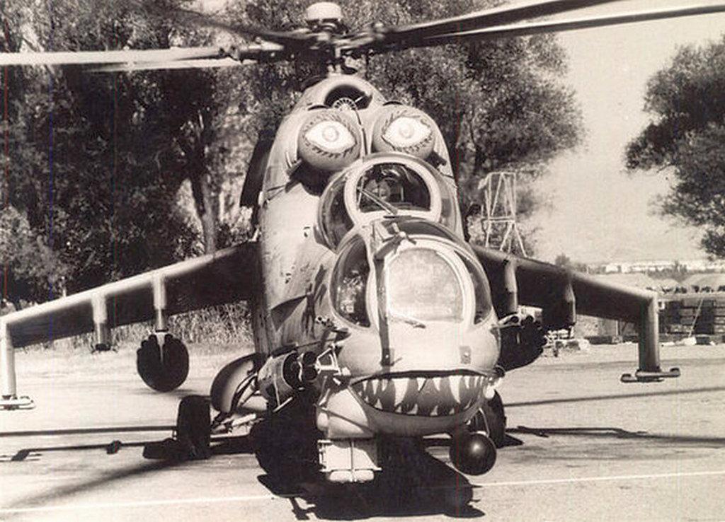Таджикские боевые вертолеты Ми-24