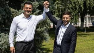 Зеленский и Тищенко: кто кого позорит больше?