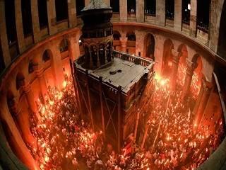 На Пасху «Интер» покажет схождение Благодатного огня в Иерусалиме и богослужения в Киево-Печерской лавре