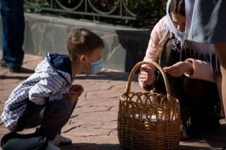 В Украине не будут менять модель карантина на майские праздники