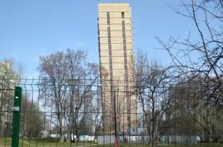 В Москве начал «гнуться» новый дом
