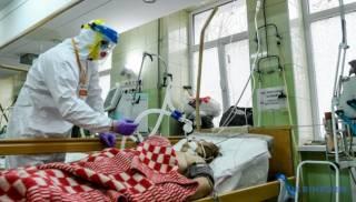 Медики говорят, что пандемия коронавируса в Украине угасает. Но расслабляться рано