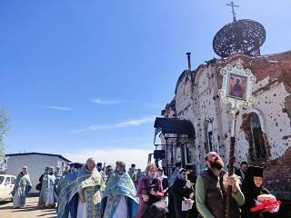 В Донецке в возрождаемом Иверском монастыре УПЦ отметили престольный праздник