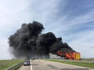 На Одесщине эпично сгорел пассажирский автобус, ехавший в Киев