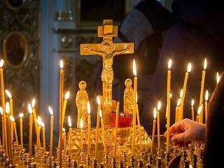 Сегодня верующие УПЦ отмечают Радоницу - день Пасхи у умерших