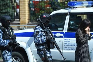 Пронес оружие и начал стрелять по одноклассникам... Стали известны подробности стрельбы в казанской школе