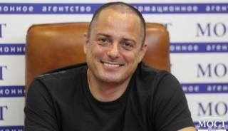 Лоббист большого фармбизнеса зашел в горсовет Каменского: под кого мэр Белоусов создал сеть муниципальных аптек?
