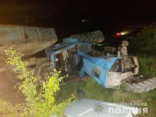 В Черновицкой области трактор раздавил крошечную девочку