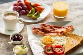Стало известно, когда нужно завтракать