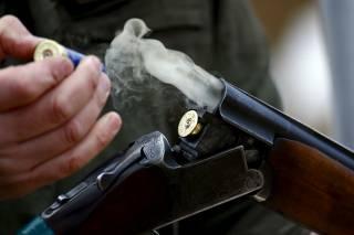 На Запорожье 34-летний мужчина решил, что если после драки руками не машут, то стреляют