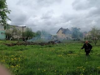 В Беларуси военный самолет врезался в здание