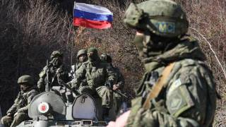 В НАТО рассказали, сколько военных Россия оставила около украинской границы