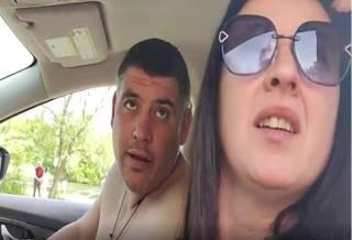 «Как тебя, п***са, зовут? Иди на**й»: пьяная жена полицейского не захотела выходить из-за руля