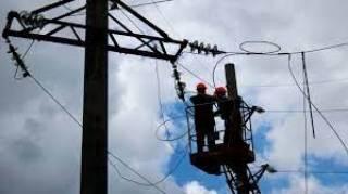Непогода в Украине: без электричества остались шестьдесят населенных пунктов