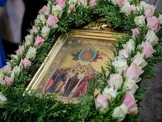 Верующие УПЦ сегодня празднуют Вознесение Господне