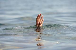 На главном пляже Запорожья утонул подросток