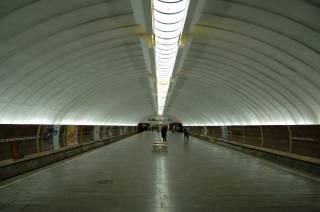 Жители столичных Осокорков в ближайшие дни столкнутся с неудобствами в метрополитене