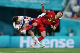 Россиянин нанес тяжелые увечья игроку сборной Бельгии