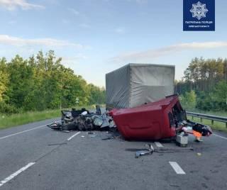 В Киевской области произошло ДТП с участием грузовика: погиб человек