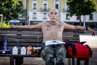 Накануне американско-российской встречи в верхах в Женеве прошла красочная акция протеста
