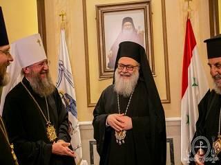 В Дамаске управделами УПЦ передал Антиохийскому Патриарху средства на восстановление разрушенных храмов