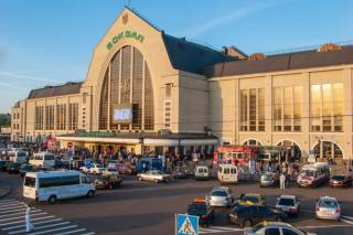 В Киеве «заминировали» вокзал и центральную станцию метро