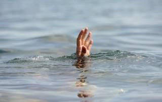 С начала лета украинцы массово тонут в водоемах