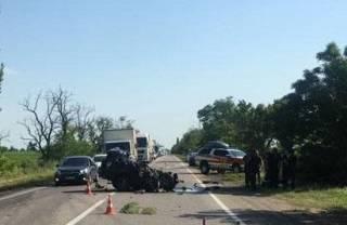 ДТП в Николаевской области: погибли два человека, пострадали дети