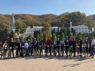 Верующие УПЦ на велосипедах преодолеют 700 км из Киева в Святогорскую лавру