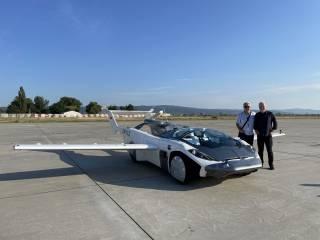 Летающий автомобиль впервые совершил полноценный перелет в Словакии