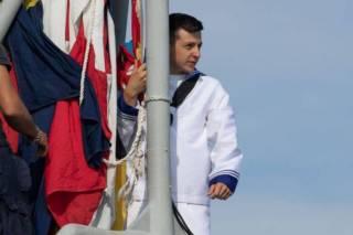 На итальянском фрегате замечен двойник Зеленского