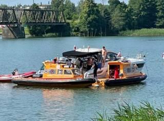 ЧП в Польше: вертолет с украинцами упал в озеро