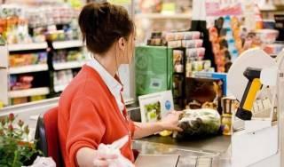 Как украинцев обманывают на кассах супермаркетов: основные схемы