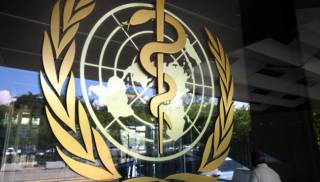 В ВОЗ объяснили быстрое распространение новых штаммов коронавируса