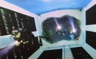 Опубликовано видео из самого необычного бассейна в мире