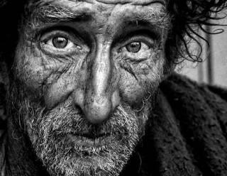 Народ проедает заначки. Динамика обнищания украинцев и социальные последствия