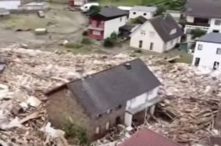 Стихия в Германии унесла уже около сотни жизней