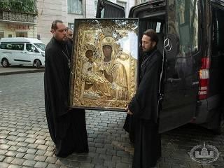 В Одессу привезли афонскую копию чудотворной иконы Богородицы