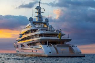 Дженнифер Лопес отпраздновала 52-й день рождения на яхте Ахметова, – СМИ