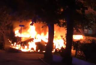 Ночью во Львове массово горели автомобили
