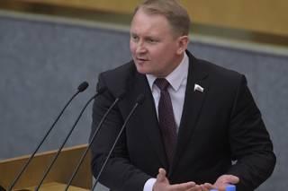 По заветам Путина: российский депутат призвал к открытой войне с Украиной