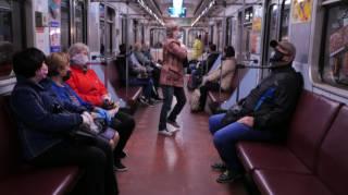 В Киеве оштрафовали почти 2,5 тыс. пассажиров метро за отсутствие масок