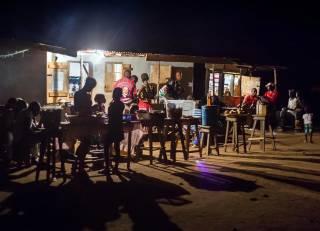 Студент из Африки нашел самый альтернативный источник электроэнергии
