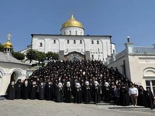 Монахи УПЦ призвали украинцев сохранять чистоту веры и единство