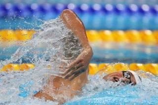 Украинскому пловцу Романчуку надо оспорить победу американца Финке. Выяснилось, что спортсмены из США используют особые медпрепараты